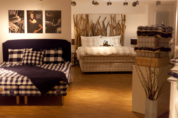 h stens store hamburg hafencity in hamburg am sandtorpark. Black Bedroom Furniture Sets. Home Design Ideas