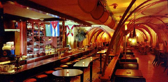 restaurant mangos kiel in kiel alter markt 18. Black Bedroom Furniture Sets. Home Design Ideas